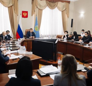 Meeting with the governor of the Astrakhan region, press briefing for mass media and visit to the agglomeration districts: experts of the Agency CENTER are in Astrakhan